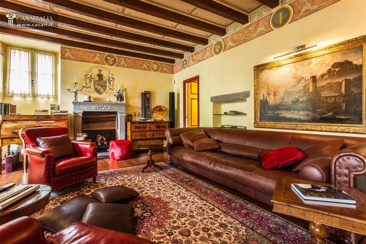 Bergamo alta vendita appartamento lusso for Appartamenti di lusso
