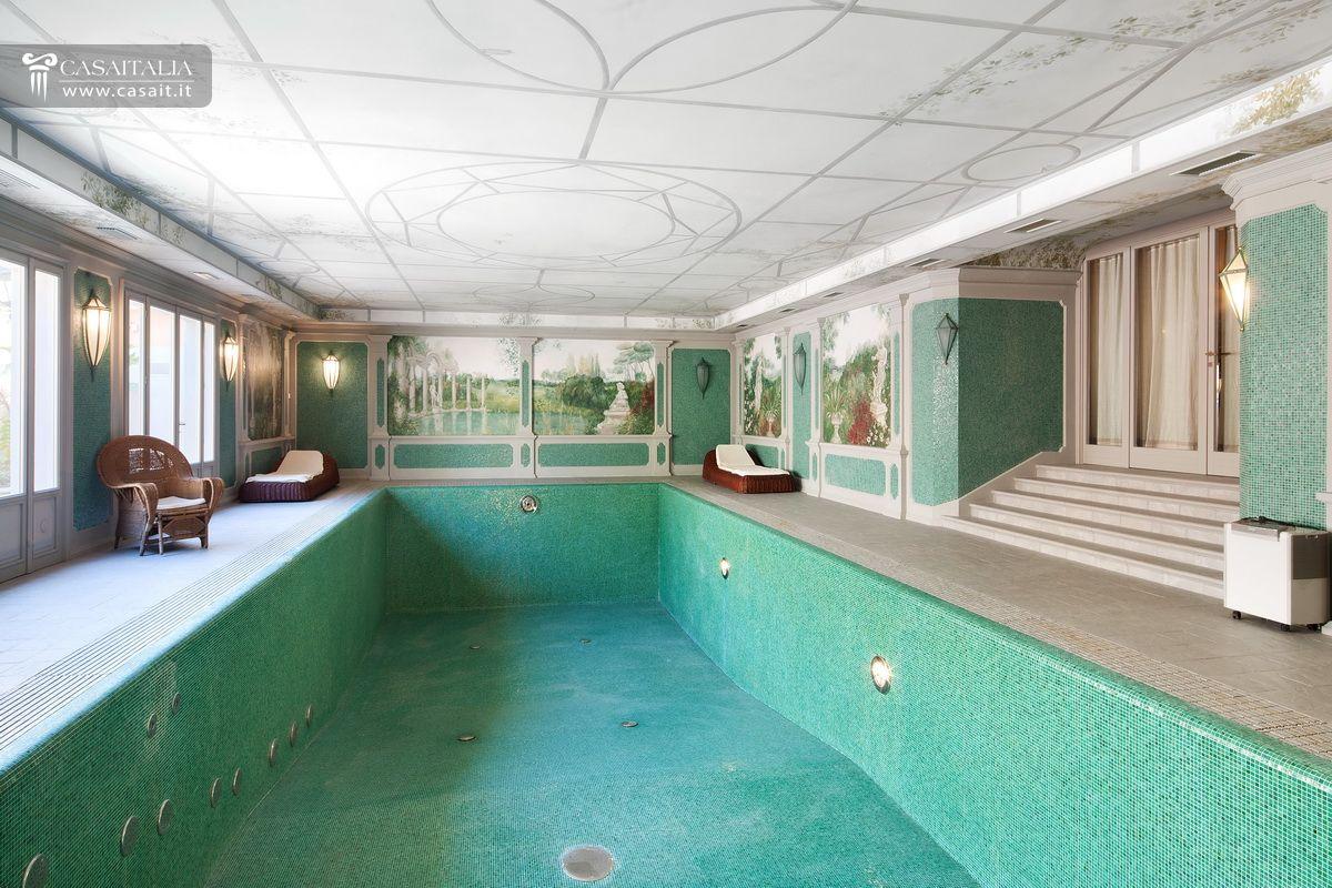 Villa di lusso in vendita a sasso marconi bologna for Piccoli piani di casa con piscina coperta