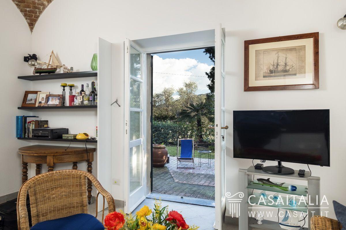 Appartamento in vendita in villa d 39 epoca a sestri levante - Hotel giardino al mare sestri levante ...